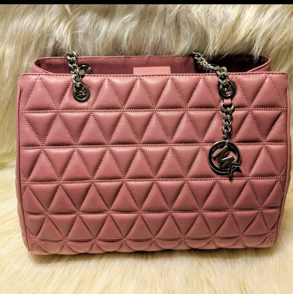 MICHAEL Michael Kors Handbags - PURCHASE! TULIP PINK MK QUILTED PURSE